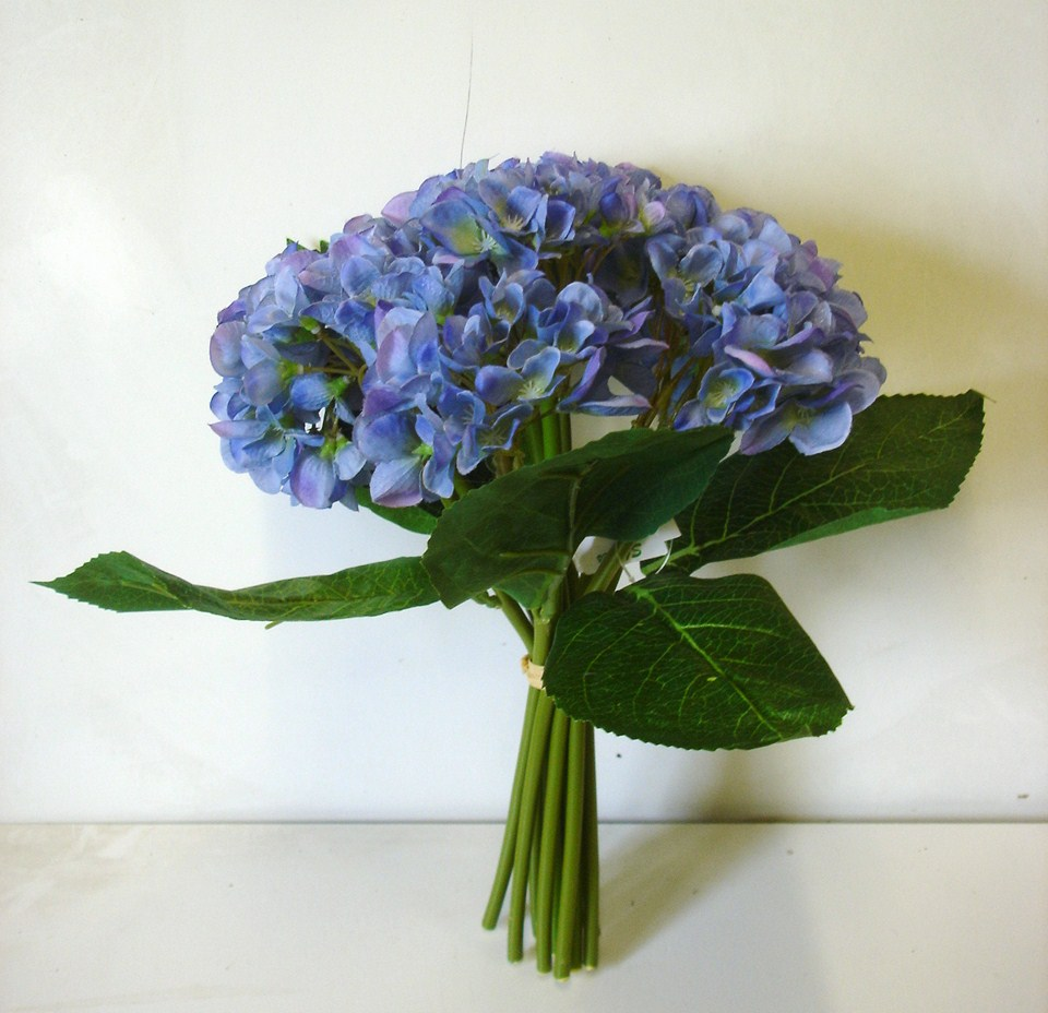 new bunch blue hydrangea bundle x9 artificial silk flowers. Black Bedroom Furniture Sets. Home Design Ideas